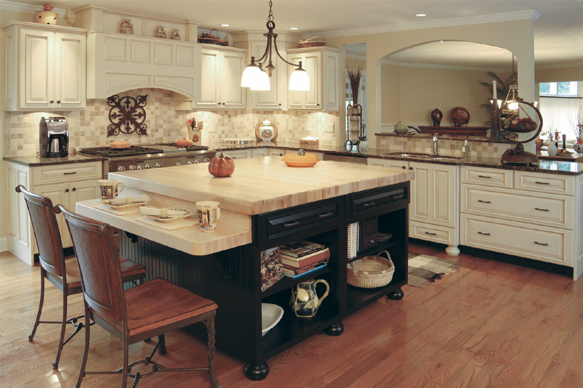 Kitchen models best layout room for Model home kitchens